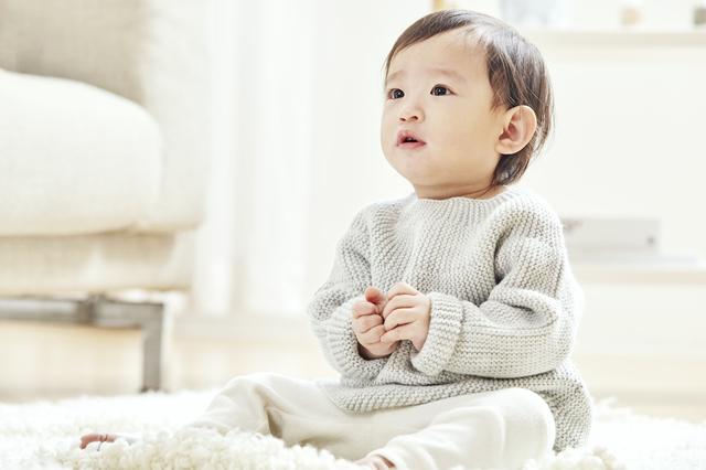 いたずら盛りの赤ちゃん,おもちゃ,いたずら,知育玩具