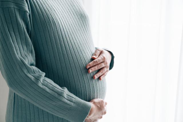 妊婦 並ぶのが大変,ディズニーランド,シー,妊婦