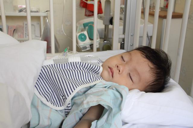 子どもの入院,細気管支炎,赤ちゃん,
