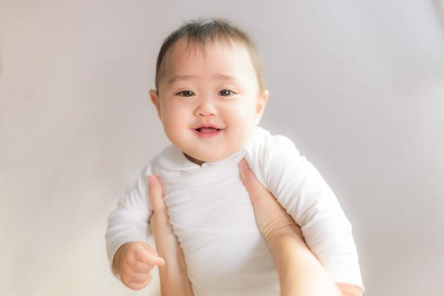 泣き止む赤ちゃん,赤ちゃん ,便秘,綿棒