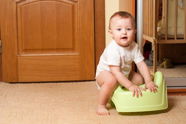 トイレトレーニング,赤ちゃん ,便秘,綿棒