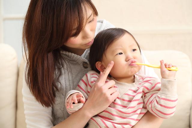歯みがきに乗り気じゃない赤ちゃん,赤ちゃん,歯みがき,