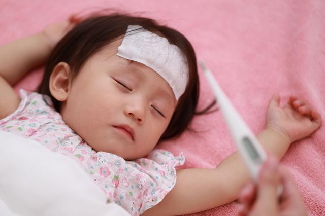 発熱 赤ちゃん,熱中症,赤ちゃん,
