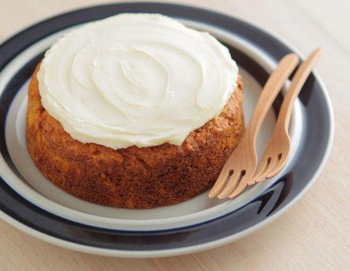 【Amazon.co.jp 限定】夕方には売切れてしまう人気ケーキ店milou 美味しい ヘルシー キャロットケーキ 卵アレルギーでも安心な絶品にんじんケーキ,お見舞い,手土産,