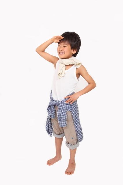 タンクトップ姿の男の子,小学校,パンツ,