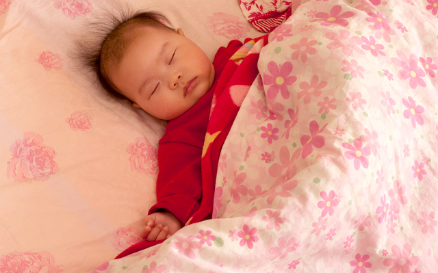 寝ている赤ちゃん,湯たんぽ,おすすめ,
