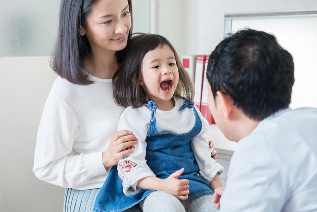 子どもの口の中をチェック,乳歯,永久歯,磨き方