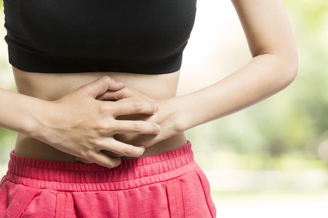 腹痛イメージ,妊娠,12週,お腹