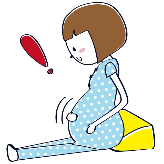 胎動を感じるママ,妊娠22週,胎児,