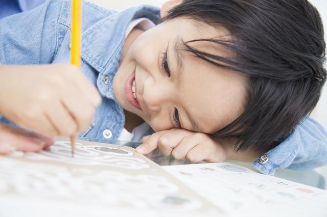 勉強する男児,幼児ポピー,3歳,口コミ