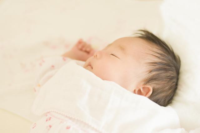 生まれたての赤ちゃん,妊娠,32週,胎児