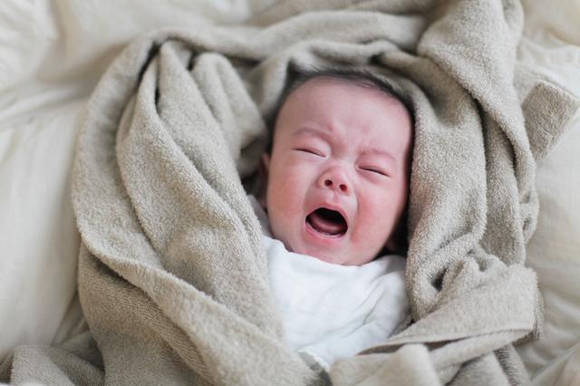 泣く赤ちゃん,産後うつ,症状,