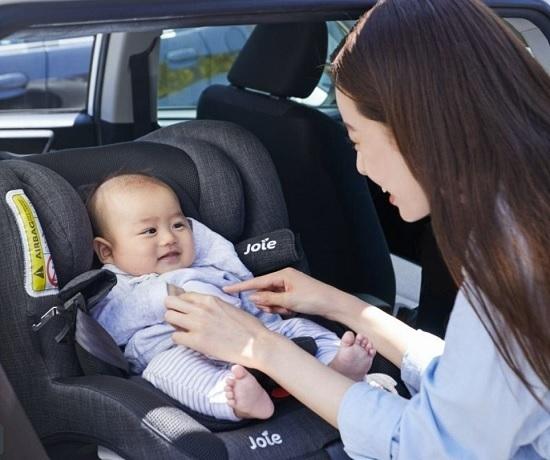 ベルトやシート全体のフィット感が向上,チャイルドシート,安全基準,出産準備