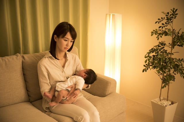 ワンオペで赤ちゃんの世話をする ,赤ちゃんとの生活,大変,