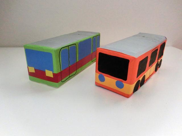 牛乳パックでバスと電車 手作り,赤ちゃん,おもちゃ,作り方