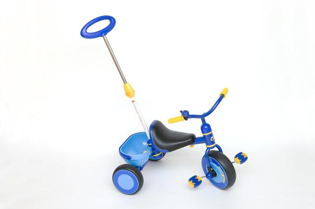 赤ちゃんの三輪車,赤ちゃん,三輪車,