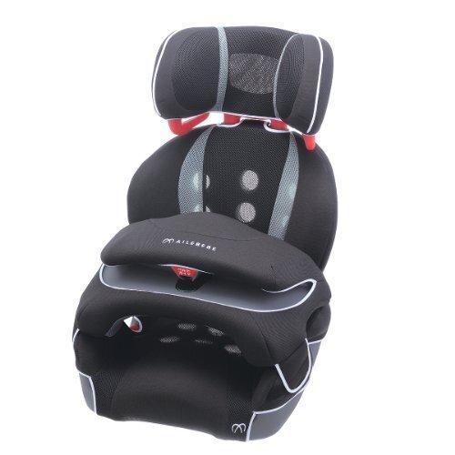 エールベベ 『安心トリプル保証付』サラット3ステップ クワトロST 1歳から11歳用ジュニアシート(軽量&通気性強化モデル) ブラック ALC246,チャイルドシート,人気,