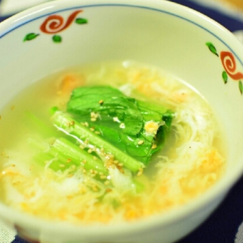 妊婦さんにもおすすめ◎小松菜と玉子のあっさりスープ,妊婦,レシピ,夏