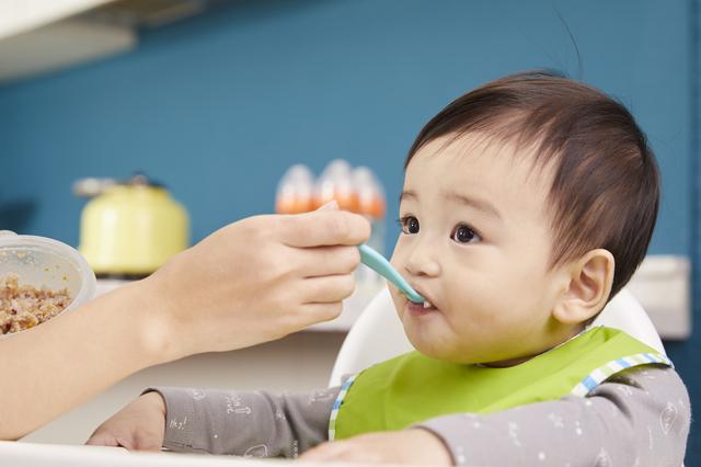 離乳食初期、中期のスプーン,離乳食,スプーン,