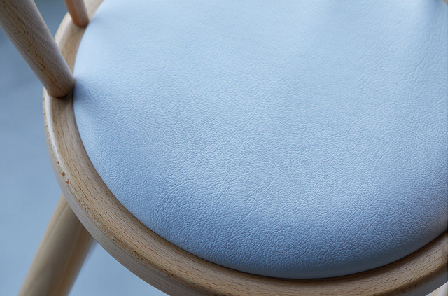 座面はお尻が冷たくないソフトクッション,ベビーチェア,離乳食,ハイチェア