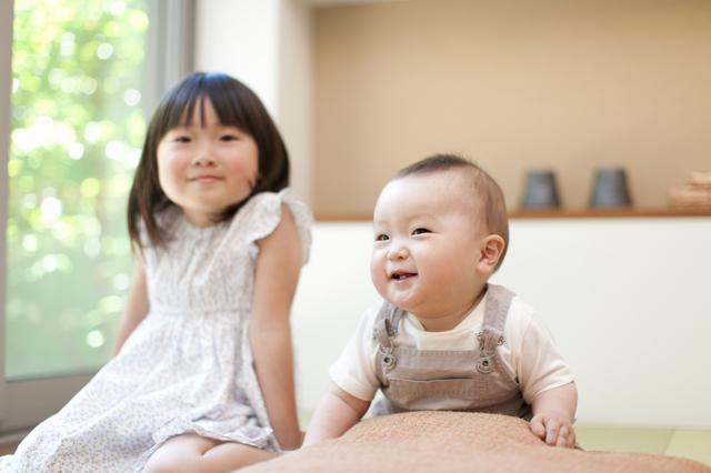 きょうだい,出産,育児,節約