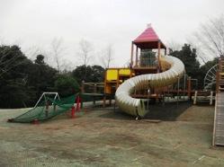 子連れで行く平塚総合公園のわんぱく広場の遊具