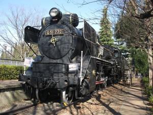 800px-Japanese-national-railways-SL-D51-272-20110120