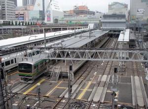 800px-ShinjukuSta_1-5ofJR200505