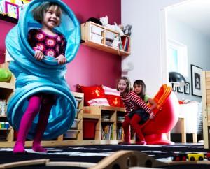 IKEA(イケア)の子供を預けれる「スモーランド」