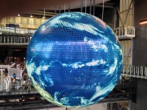 子連れ年間パスポート、お台場の日本科学未来館の地球儀