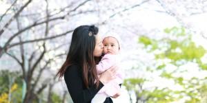 写真スタジオを飛び出て、屋外で赤ちゃんや子どもを撮影
