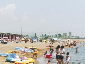 兵庫県姫路市にある海水浴場、的形海水浴場の画像