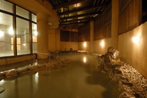 関西のキャンプといえば、牛滝温泉 いよやかの郷のキャンプ場の画像