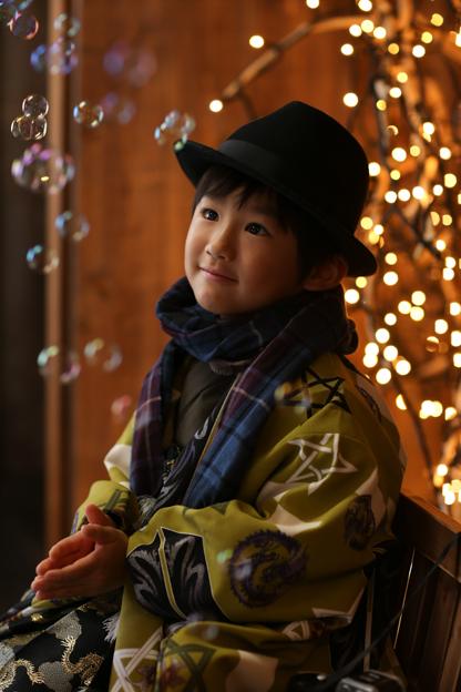 東京のおしゃれな写真の撮影する子どものイメージ画像