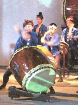 尾道ベッチャー祭りで観光と散策におすすめ・式典で披露する子どもの画像
