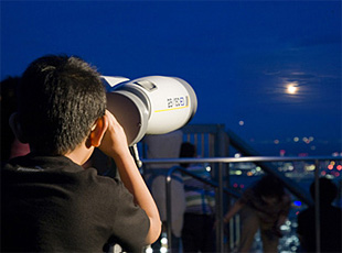 六本木ヒルズで楽しめる天体観測のイベントイメージ画像