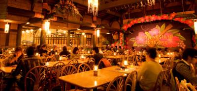 ディズニーランド内レストランで低アレルゲンメニューに対応したポリネシアンテラスレストランの店内画像
