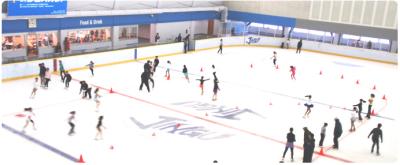 子どもと子連れで初めてアイススケート場特集|東京|明治神宮外苑 アイススケート場|新宿区の画像