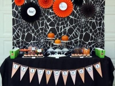 ハロウィンの手作りした飾り付けの画像