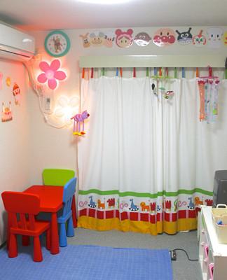 子どもを安心して預けられる人気託児所のAishaの室内画像