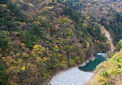 日光の紅葉鑑賞におすすめな龍王峡の画像
