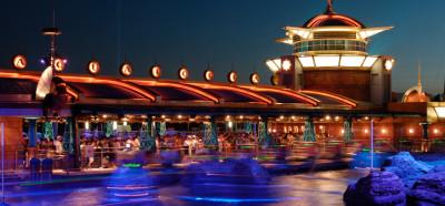 ディズニーシーの子どもと乗れる「アクアとびあ」の画像