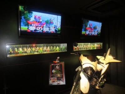 子連れで楽しむ仮面ライダーザダイナーのフォーゼのバイクの画像