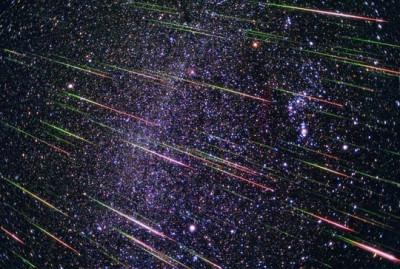 過去のしし座流星群の画像