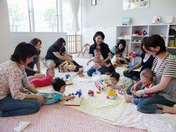子連れで行ける公共施設、ママと赤ちゃんの画像