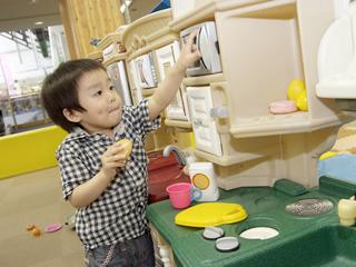 札幌のファンタジーキッズリゾートに子連れでおでかけのキッチンの画像