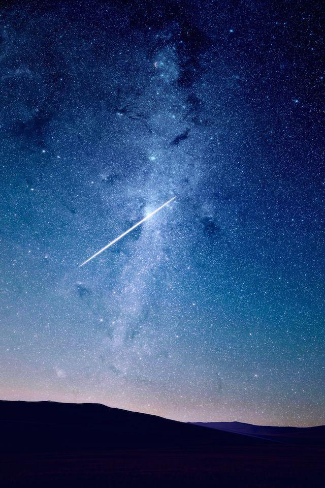 12月の流星群で有名なふたご座流星群のイメージ画像