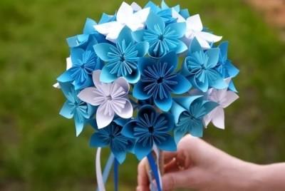 お花の折り紙を折って子連れでおでかけ