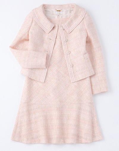おしゃれママフォーマルな服装ハロッズの画像