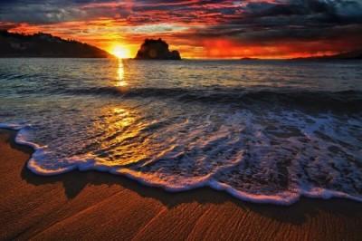 冬至と夕日のイメージ画像